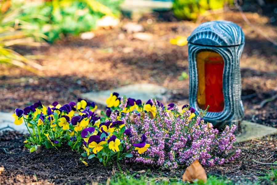 I fiori per funerale, ora si scelgono online